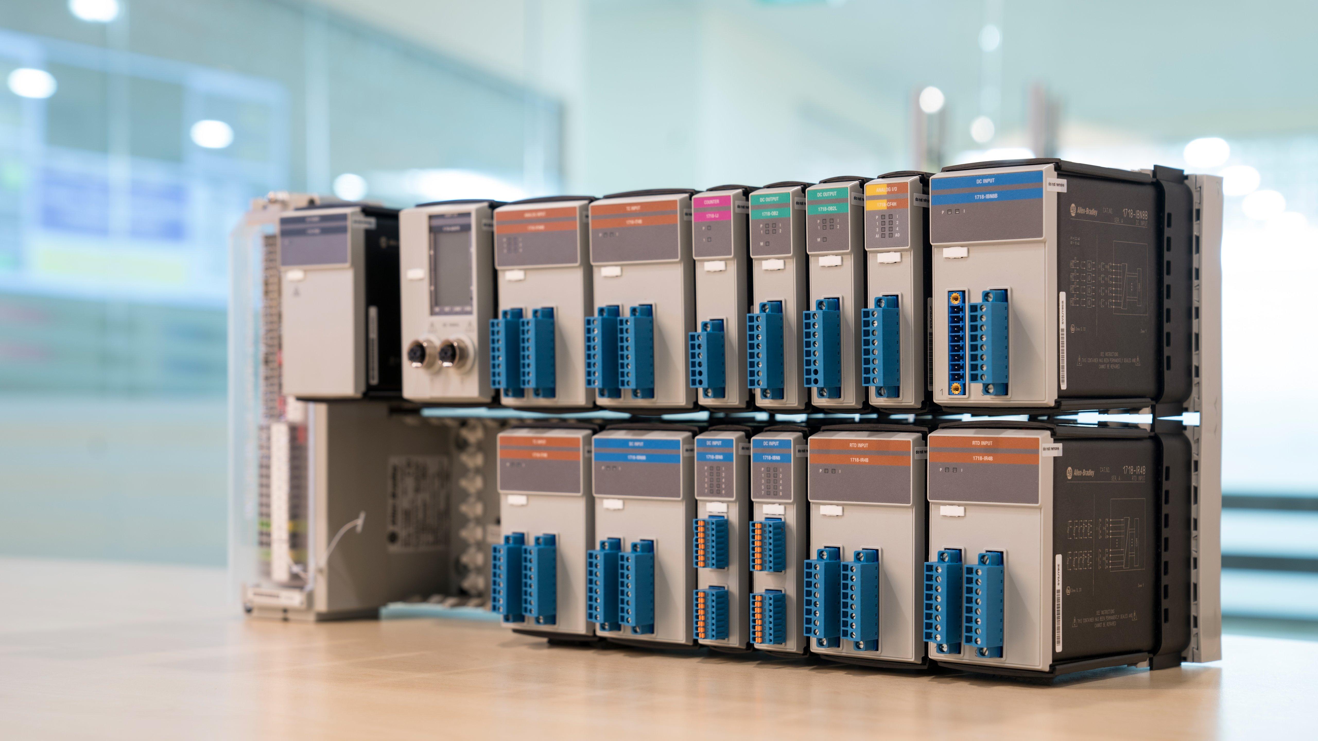 Los nuevos módulos de E/S facilitan las conexiones en zonas peligrosas