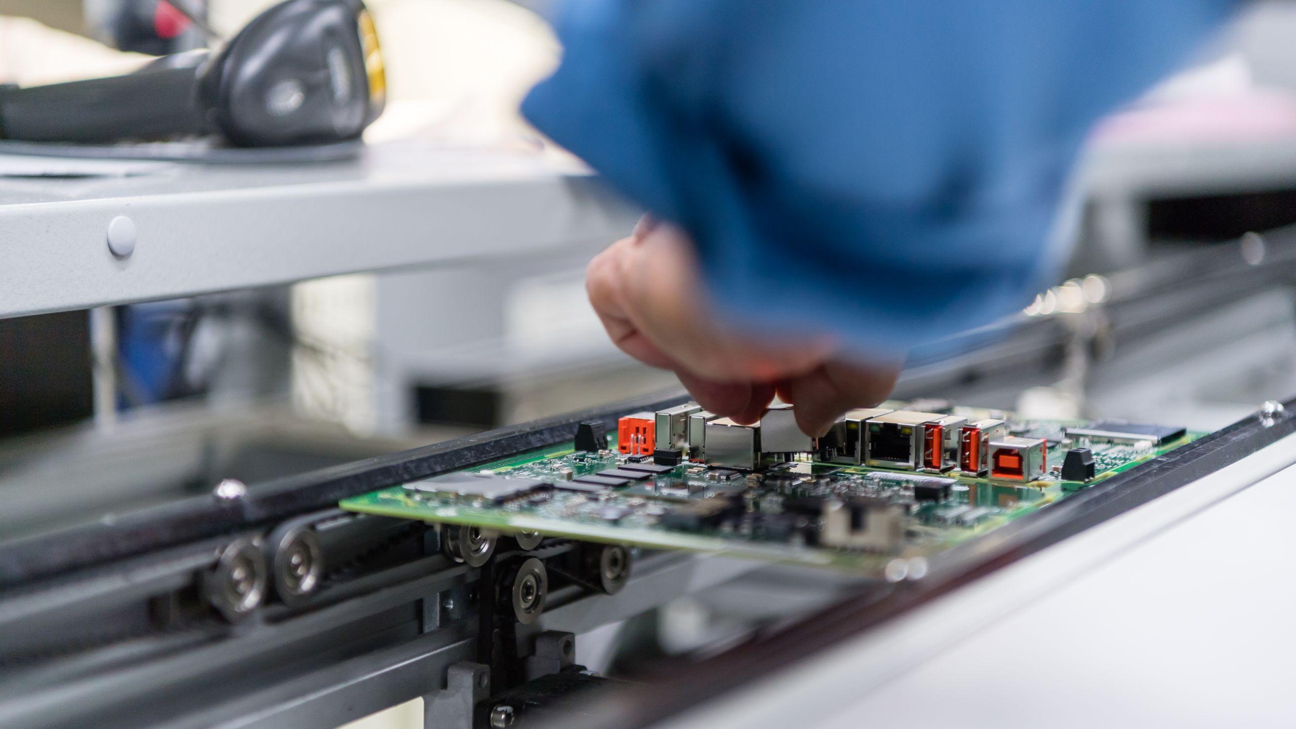 机器和设备制造商