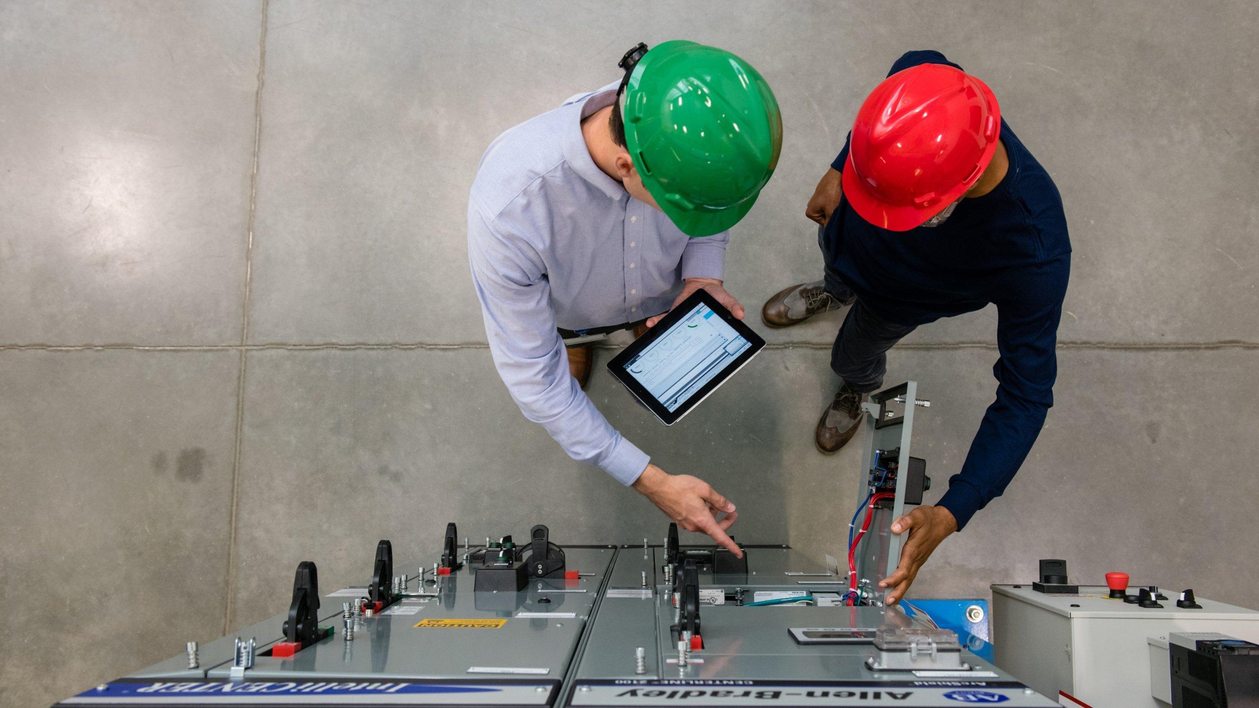 Potência integrada inteligente e sistemas de processo