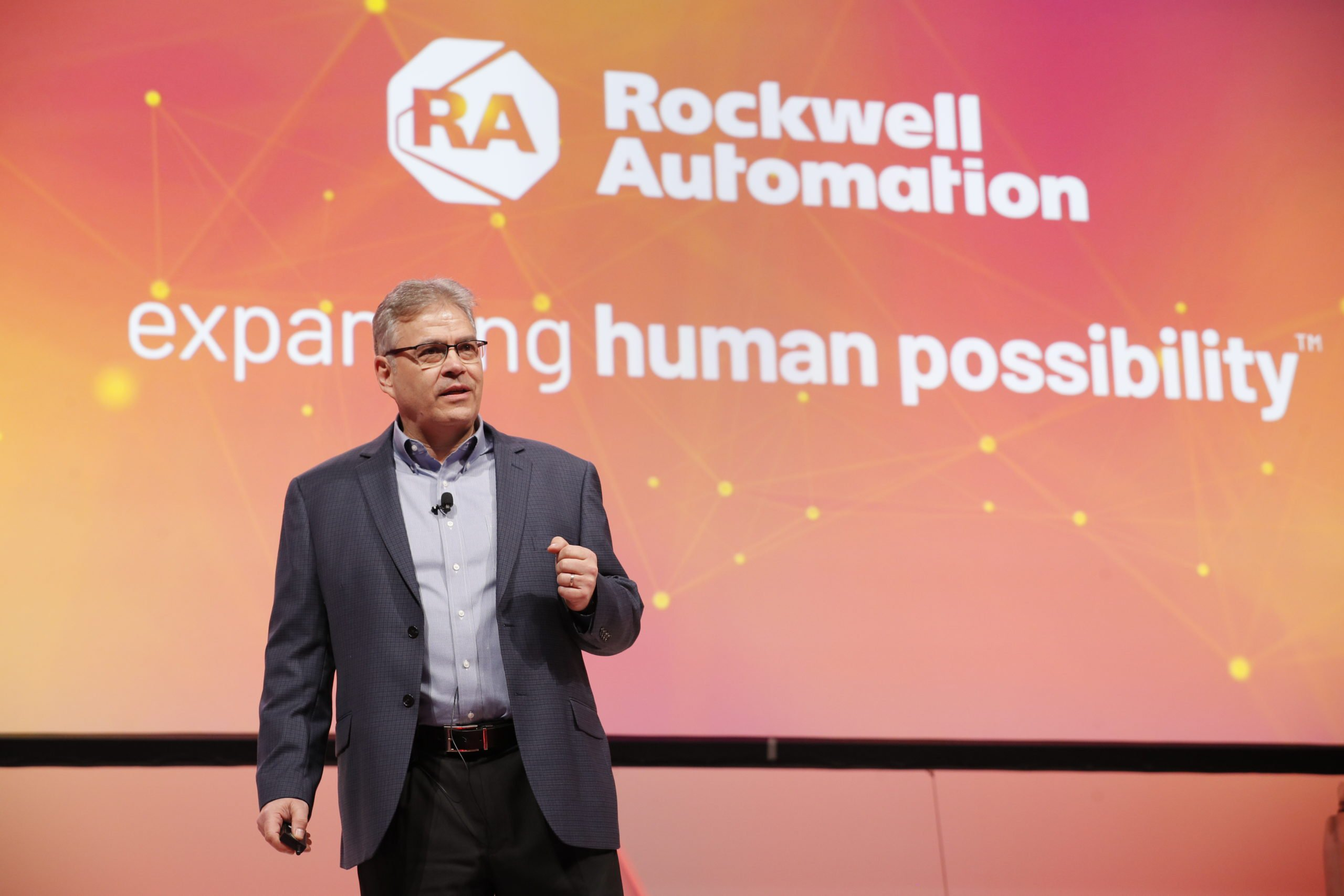 Attend training sessions at Rockwell Automation on the Move