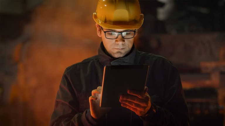 Using ThinManager® software to remotely manage an industrial operation