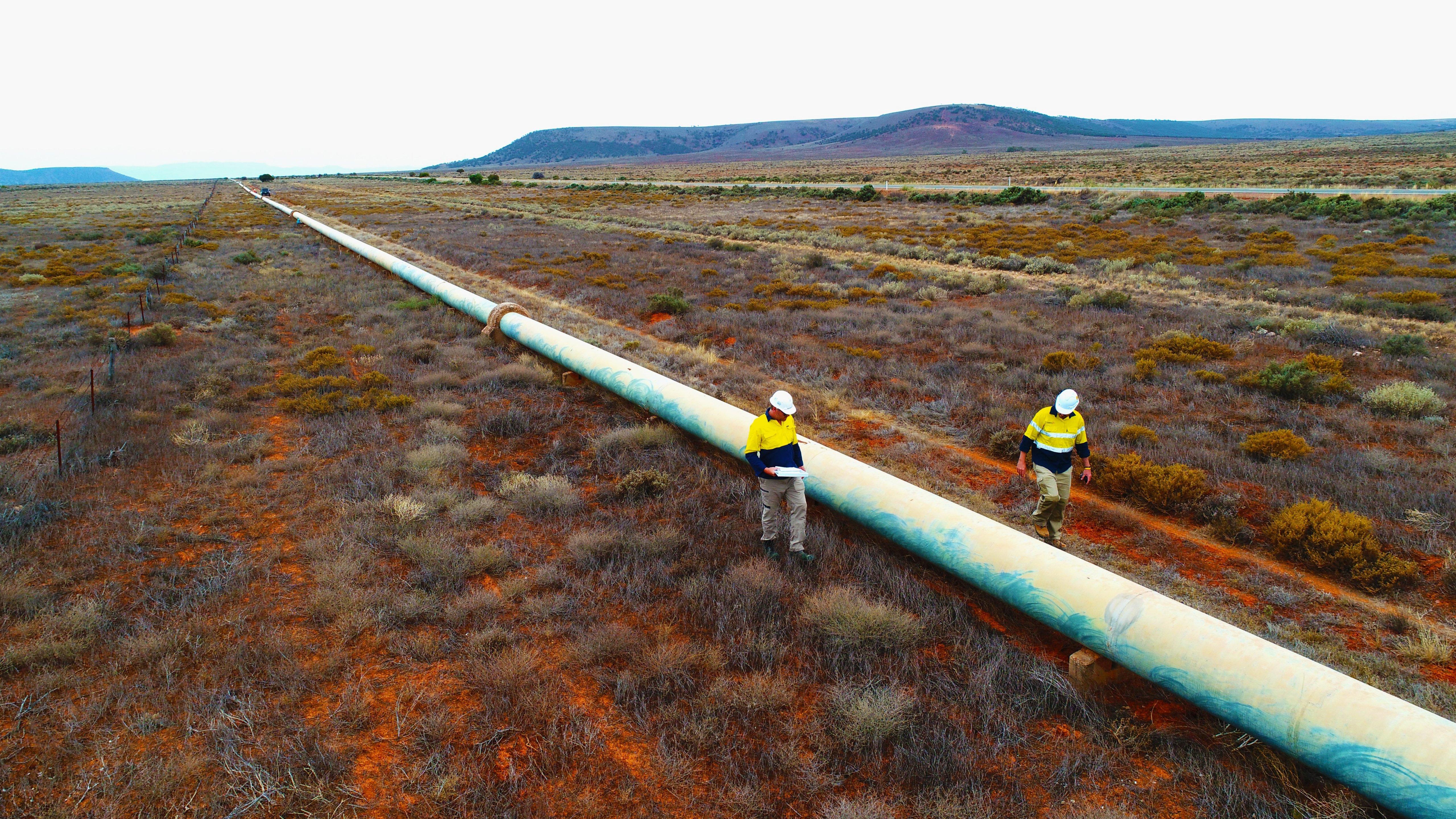 Pipelines: Energieverbrauch senken mit dem richtigen Frequenzumrichter