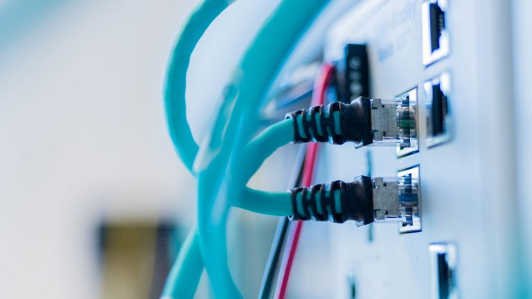 Displaying cables in a Rockwell Automation product