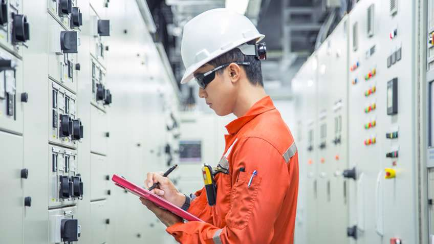 How to increase electrical workplace safety
